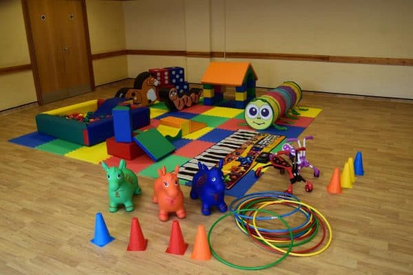Jump and Play Enormous soft play party setup 5 Enormous Soft Play Party & Dinosaur Bouncy Castle