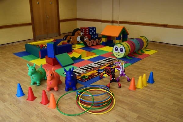 Jump and Play Enormous soft play party setup 7 Enormous Soft Play Party