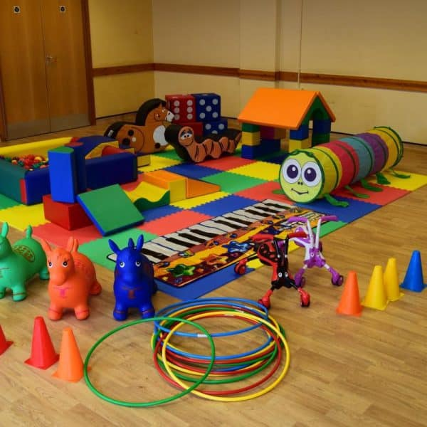 Jump and Play Enormous soft play party setup 8 600x600 Childrens Party Entertainers in Steyning Play Equipment Hire  Childrens party entertainers