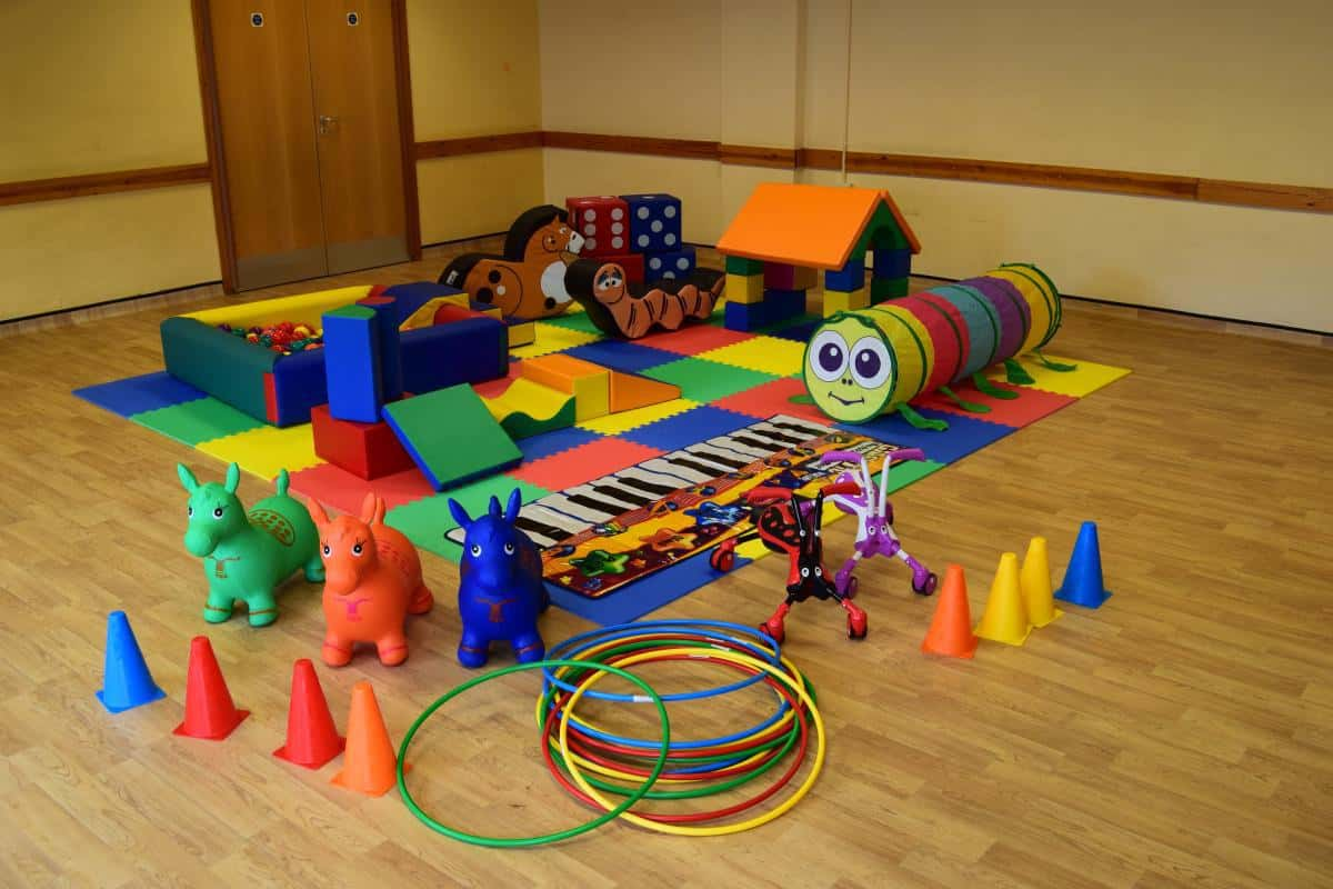 Jump and Play Enormous soft play party setup 8 Childrens Party Entertainers in Steyning Play Equipment Hire  Childrens party entertainers