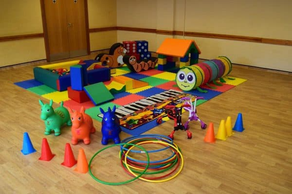 Jump and Play Enormous soft play party setup 9 Enormous Soft Play Party & Dinosaur Bouncy Castle