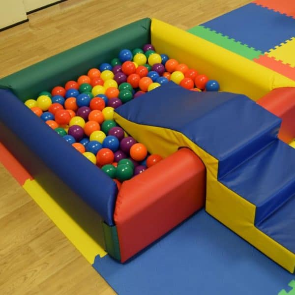 Jump and Play Ball Pool or Ball Pit 7 600x600 Childrens Party Entertainers in Steyning Play Equipment Hire  Childrens party entertainers
