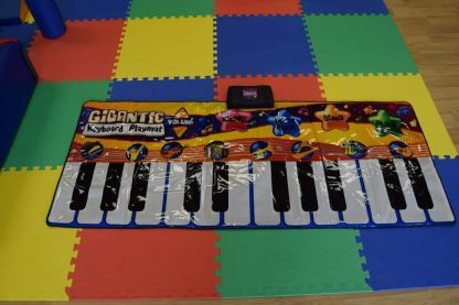 childrens Giant piano for hire