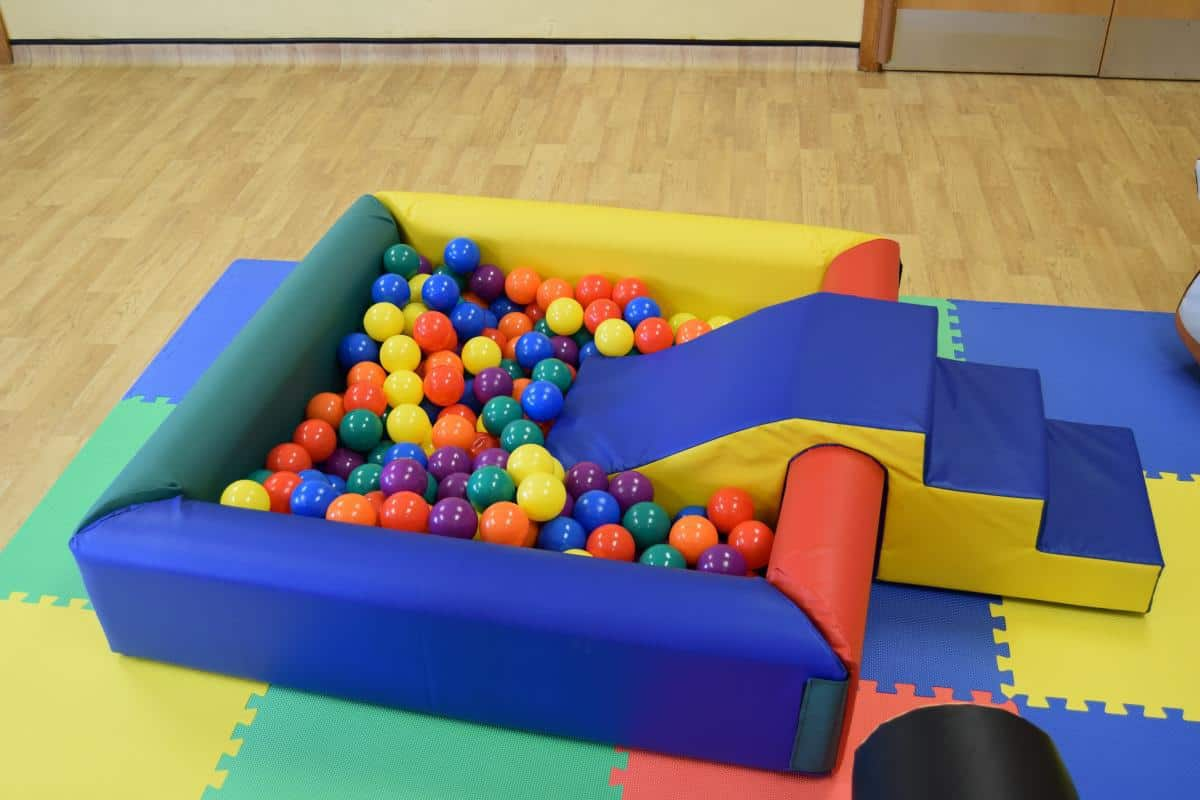 Jump and Play Soft Play Ball Pit or Ball Pool 2 Soft Play Hire in Steyning Play Equipment Hire