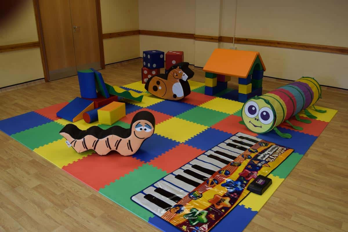Soft play party without ball pool