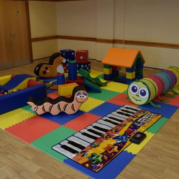 Jump and Play Big Mobile Soft Play 2 600x600 Childrens Party Entertainers in Steyning Play Equipment Hire  Childrens party entertainers