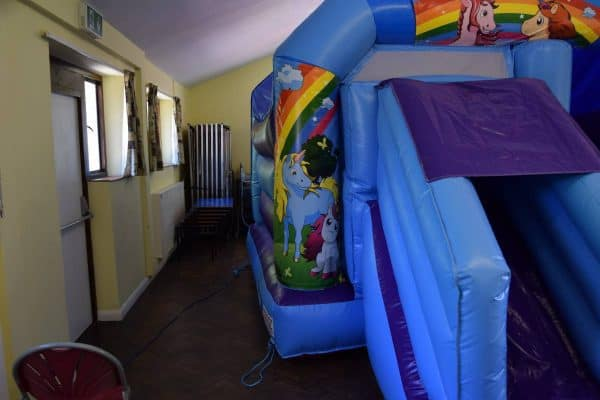 Jump and Play Unicorn castle with slide Enormous Soft Play Party & Unicorn Bouncy Castle