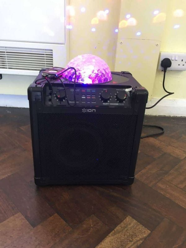 Jump and Play 20180624 132008796 iOS e1531393662236 Bluetooth Party Speaker with disco lights
